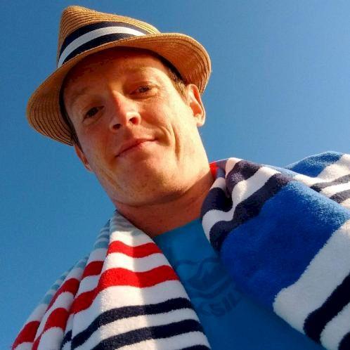 Dennis - Dutch Teacher in Sydney: I've studied a dozen of lang...
