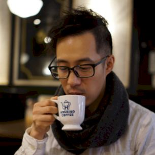 Desmond - French Teacher in Hong Kong: Hello, I was born and r...