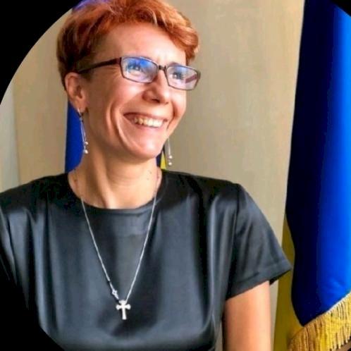 Diana - Bucharest: I am a native Romanian speaker and I can te...