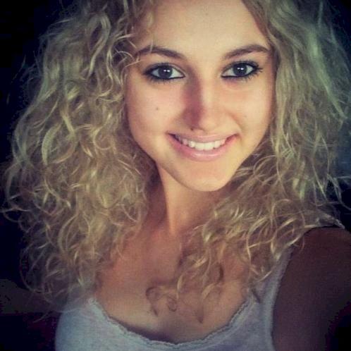 Dominika - Hungarian Teacher in Amsterdam: Hi or we say it in ...
