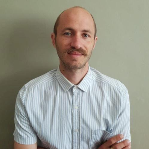 Dustin - Cape Town: I am a gentle natured & patient teacher th...