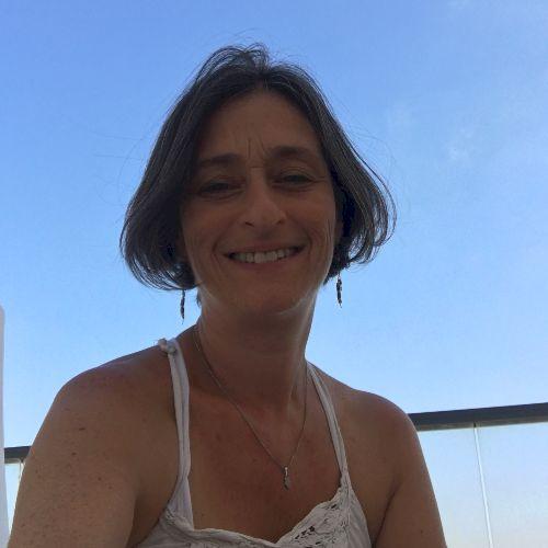 English tutor in Tel Aviv near you