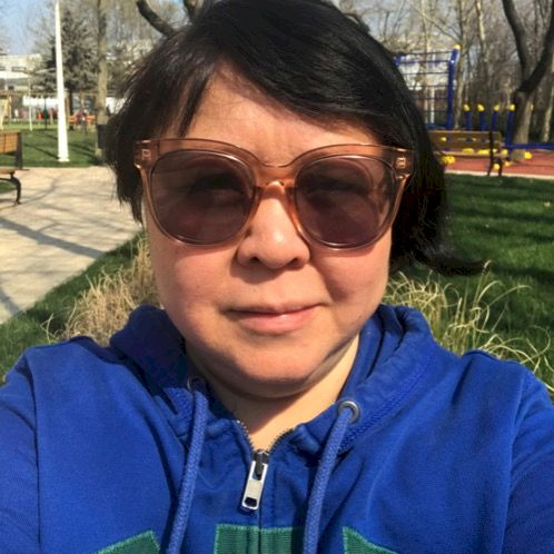 Elena - Bucharest: My name is Elena. I was born in Tashkent, U...