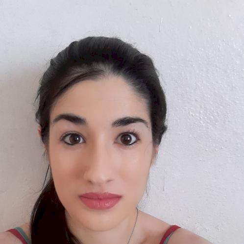 Eleonora - Siena: My name is Eleonora. I am twenty years old....