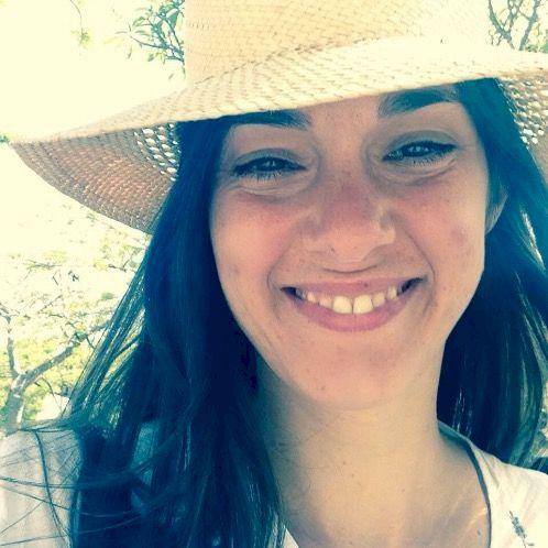 Emma - French Teacher in Darwin: Hi!  I'm Emma, I'm frenc...