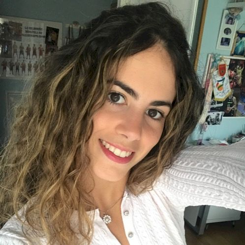 Estela - Lille: I can help you with two languages; Spanish and...