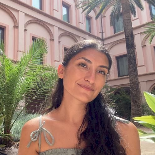 Filiz - Rome: Hi, I am Filiz from Turkey. I am 23 years old. I...