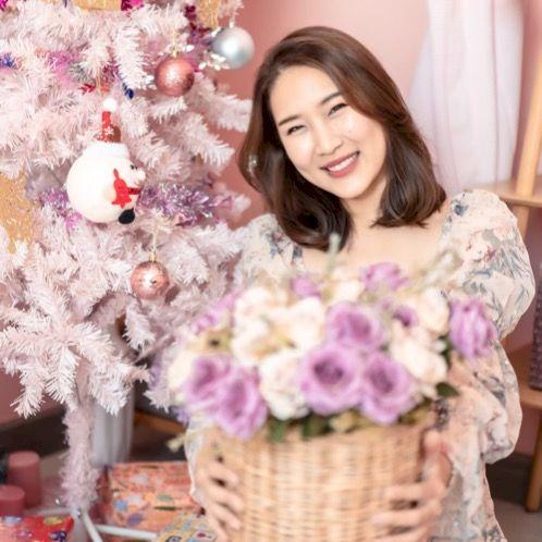 First - Bangkok: Hi!  My name is First! I can speak Thai and...