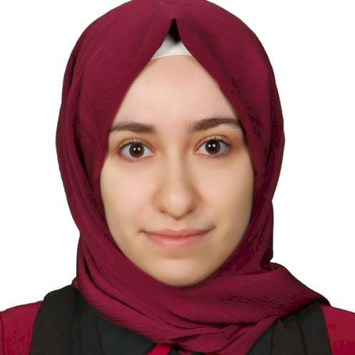 Göknur - Rome: I was born in Istanbul Turkey. I graduated fro...