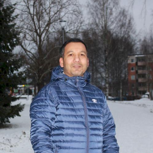 Ghanshyam - Nepali Teacher in Helsinki: I am a Native Nepalese...