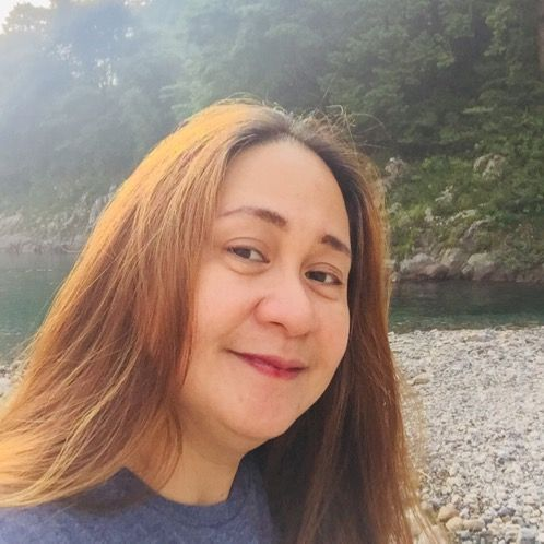Grace - Tokyo: I graduated with a Bachelor of Fine Arts majori...
