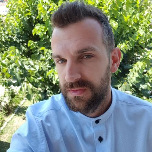 Grigorios - Bucharest: Hello, I am Grigoris, I am from Greece ...