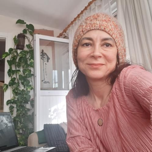 Hatice - Turkish Teacher in Istanbul: Hi, I am Hatice from Ist...