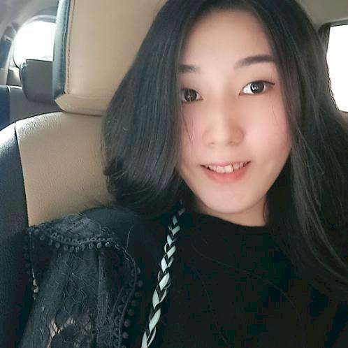 Hera - Chinese / Mandarin Teacher in Jakarta: Hi, my name is H...