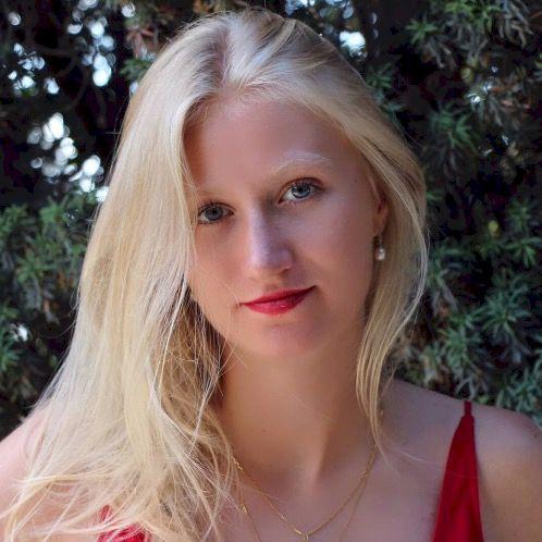 Ioana - French Teacher in Christchurch: Hello,  I am Ioana an...