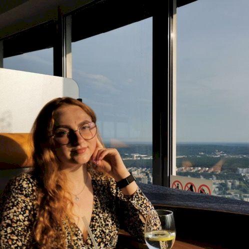 Irmina - Vilnius: Hello! Labas! I am a native Lithuanian spea...