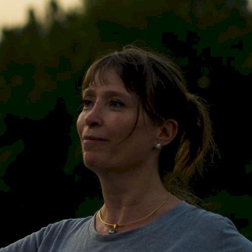 Isabelle - Bologna: Belgian, French native-speaker, former att...