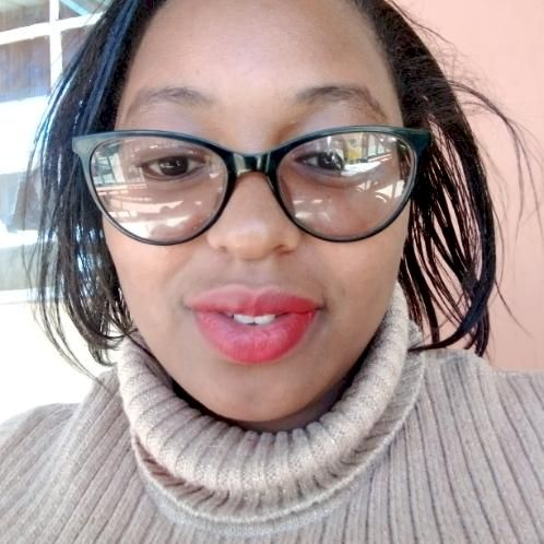 Jacinta - Nairobi: Offers ONLINE Lessons only.  Hello there, I...