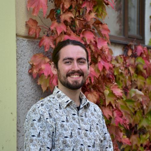 Jacob - Vienna: **Unter Steht auf Deutsch**  My Services: A...