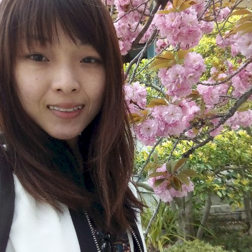 Jamie - Cantonese Teacher in Hong Kong: Hello! 你好! nĭ hă...