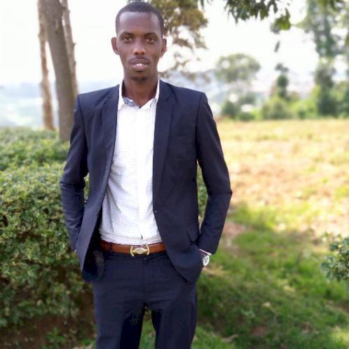 Jean - Kigali: Je suis un enseignant de Français avec quelque...