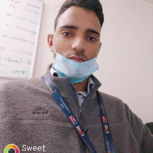 Jeevraj - Abu Dhabi: I am 22 years old and I am postgraduate w...