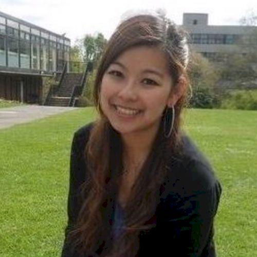 Jen - Cantonese Teacher in City Of London: I grew up in Hong K...
