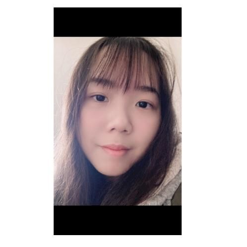 Jennie - Montreal: I'm 18 years old, I'm from Hong Kong. I sp...