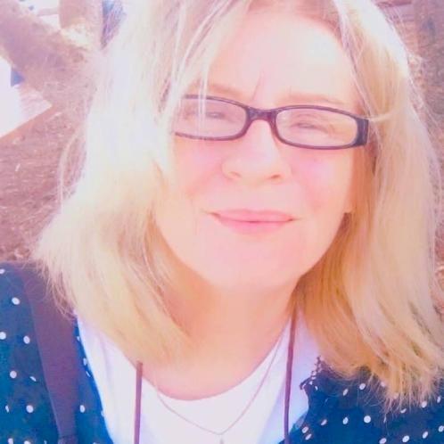 Jennifer - English Teacher in Gold Coast: I have extensive exp...