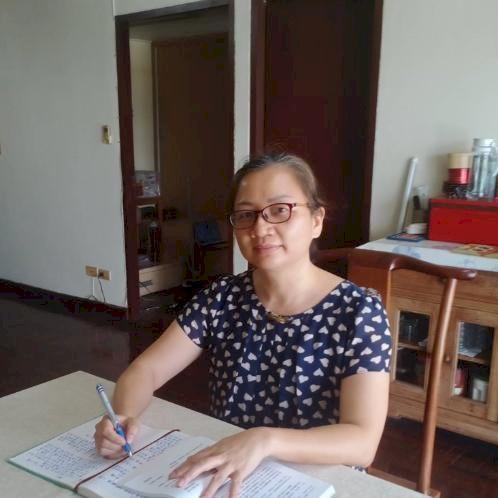 Jia - Chinese / Mandarin Teacher in Bangkok: Hi, I am Jia Laos...