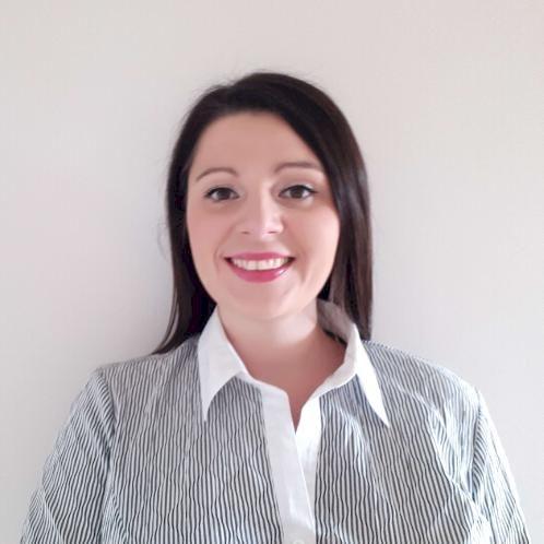 Joanna - Dubai: Hi, I am an English and a primary school teach...