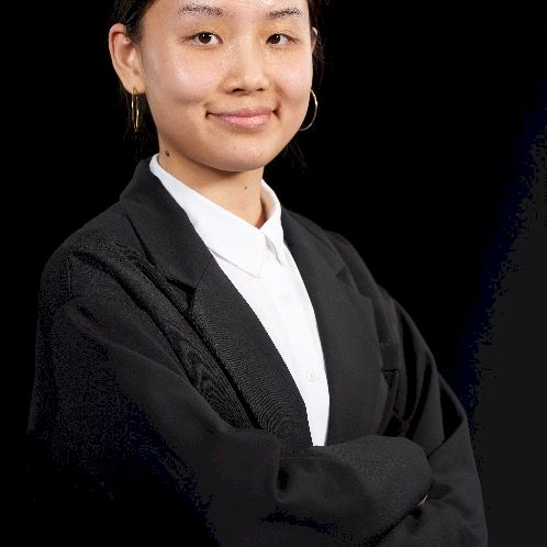 Julia - French Teacher in Singapore: (ONLINE ONLY or F2F at my...