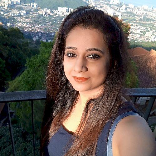 Karishma - Hindi Teacher in Luxembourg: My name is Karishma Ag...
