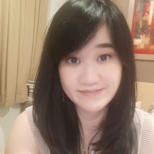 Katherine - Indonesian Teacher in Jakarta: My name is Katherin...