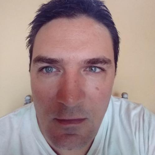 Kevin - Barcelona: I'm a TELF qualified native English speaker...