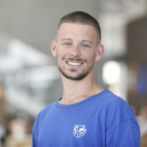 Kevin - Spanish Teacher in Tel Aviv: I am passionate about ani...