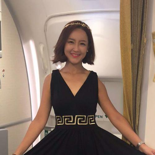 Irene - Seoul: Hi, Irene Here. South Korean who speak Mandarin...