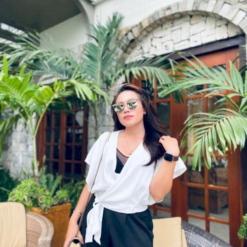 Lady - Cebu City: I have been tutoring online/offline since 20...
