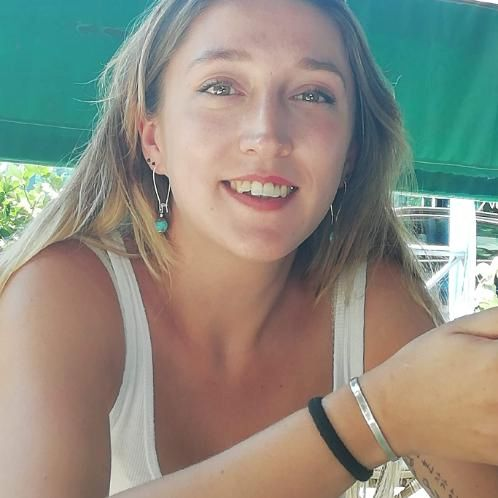 Laura - French Teacher in Paris: I am a French teacher, I work...
