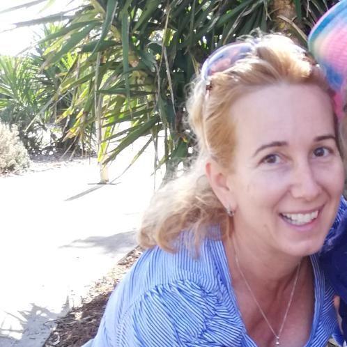 Laura - French Teacher in Sydney: Hi, I've been living in Syd...