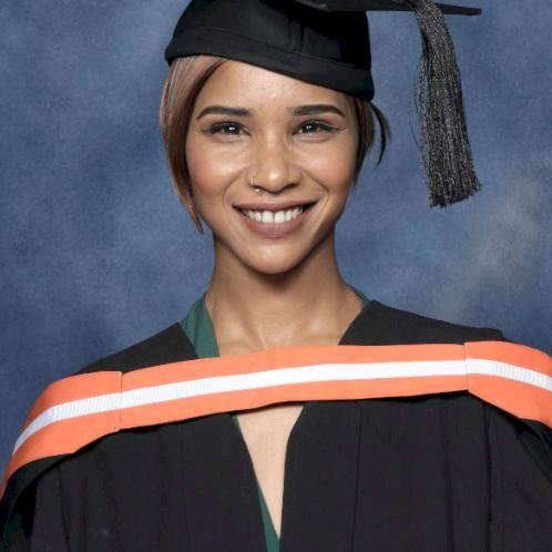 Lauren - Cape Town: Hello, I'm Lauren  A qualified Mathematic...