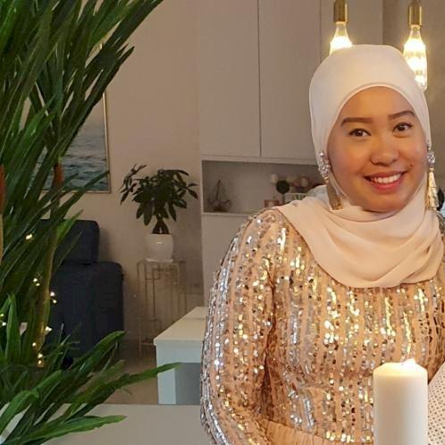 Leanna - Malay Teacher in Singapore: Hi! You can call me Lea &...