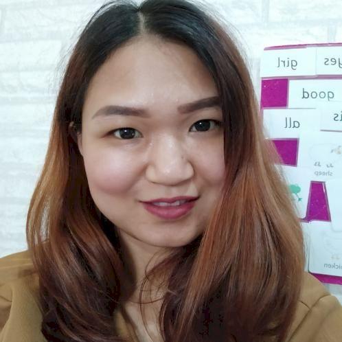 Lindawati - Toronto: Hi, I'm Linda. I'm a TEFL certified teach...