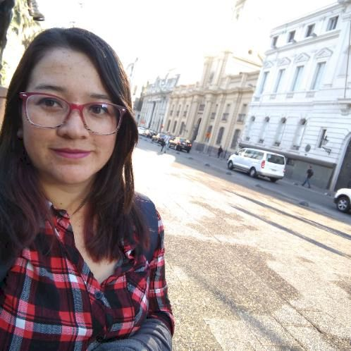 Liseth - Dubai: Hola, ¿Como están?... Hi guys. I am a native...