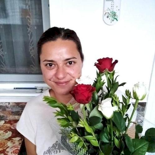 Lucie - Czech Teacher in Ankara: Hello, I am native Czech and ...