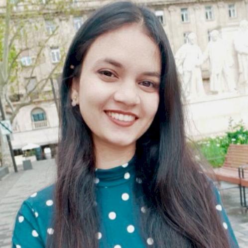 MARIYA - Budapest: Hi! My name is Mariya, I am a masters stude...