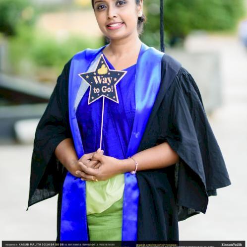 Madushika - Sinhala Teacher in Auckland: An organized professi...