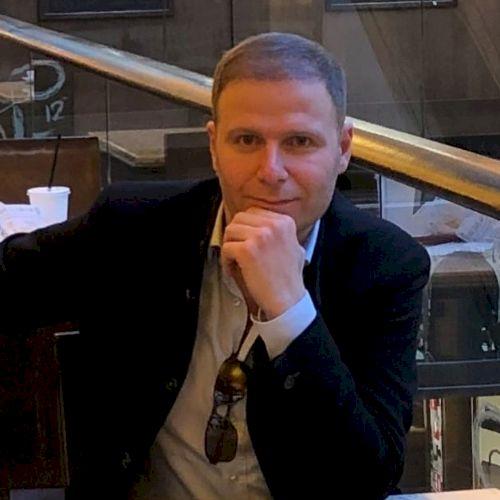 Mahdi - Arabic Teacher in Berlin: It´s difficult to talk abou...