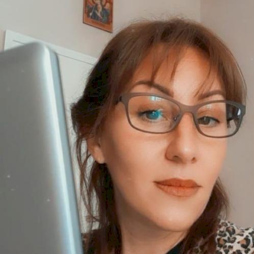 Maja - Norwegian Teacher in Oslo: Hello. My name is Maja. I am...