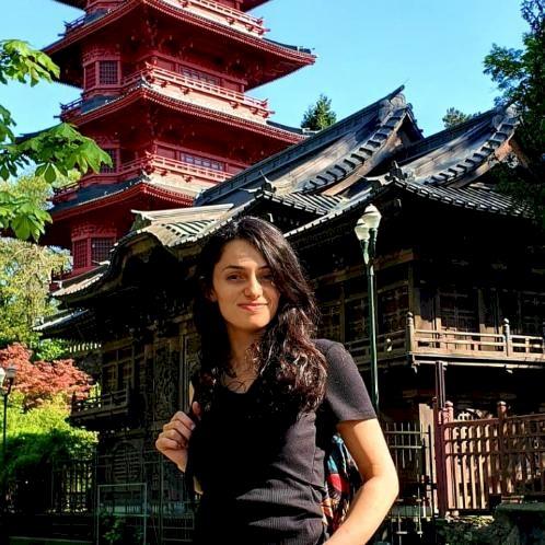 Majlinda - Albanian Teacher in Bruxelles: Hello  I'm Majlinda...